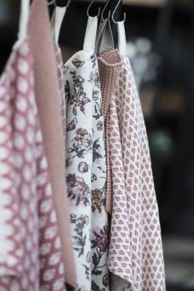 Koppehåndkle faded rose småmønstret